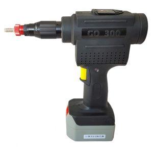 Model_300_cordless_battery_rivet_nut_tool_1