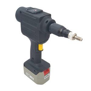 Model_300_cordless_battery_rivet_nut_tool_3